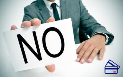 Если вы будете бдительны и внимательны к действиям сотрудника банка, то писать заявление и думать, как отказаться от страховки, вам, возможно, не понадобится